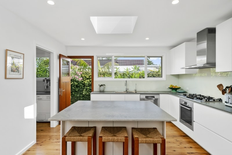 AAG Constructions | 11 Tasman Rd. Kitchen AFTER